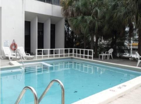River Park Hotel & Suites Port of Miami Pool